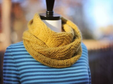 Dovetail Cowl