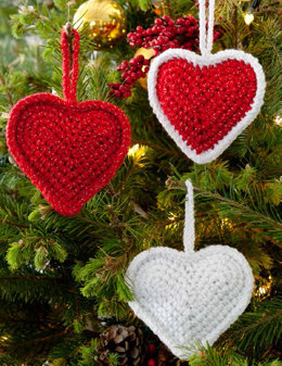 Christmas Love Hearts in Red Heart Holiday - LW2640EN - Downloadable PDF