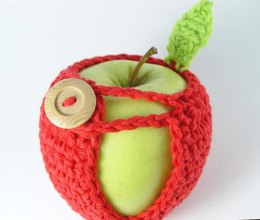 Adorable Apple Cozy
