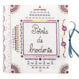 Un Chat Dans L'Aiguille Complete Sampler Notebook Embroidery Kit