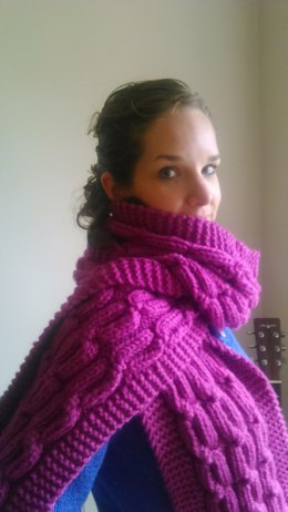 Snuggly Cabled Scarf
