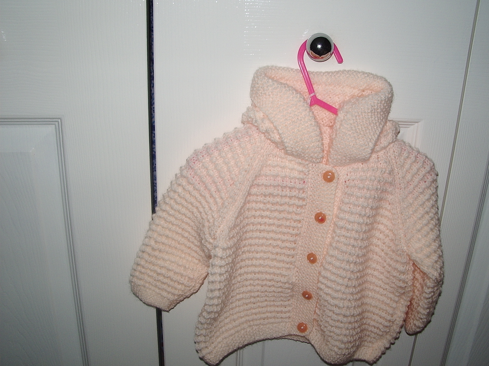 c7fdaa82c10d50 knitted babies hoodies knitting project by Kate R