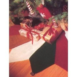 Jester Tree Skirt in Patons Decor