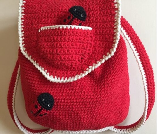 Sweet crochet backpack