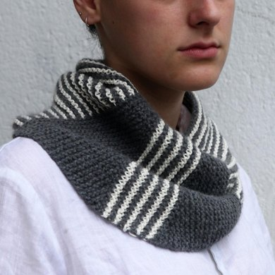 Summer Cowl Suzanne Knitting Pattern By Rosa Grszer
