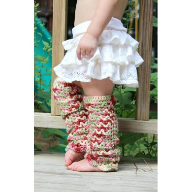 Scallops and lace baby leg warmers