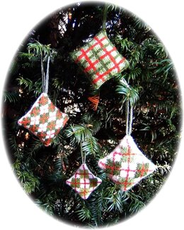 Argyle and plaid Christmas tree decorations