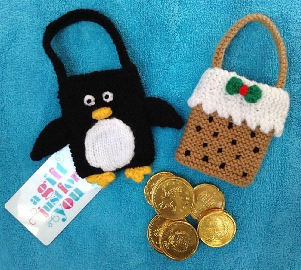 Penguin and Christmas Pudding Gift Bags Knitting pattern ...