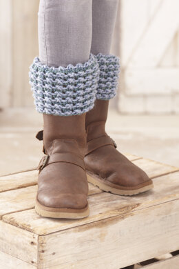 Cable Snood, Cable and Lace Hat, Cable Hand Warmers, Lace Snood and Lace Boot Toppers in King Cole Big Value Chunky - 5553 - Leaflet