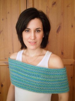 Honeycomb brioche cowl shrug