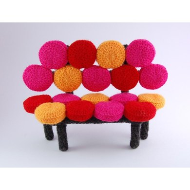Amieggs bubbly sofa
