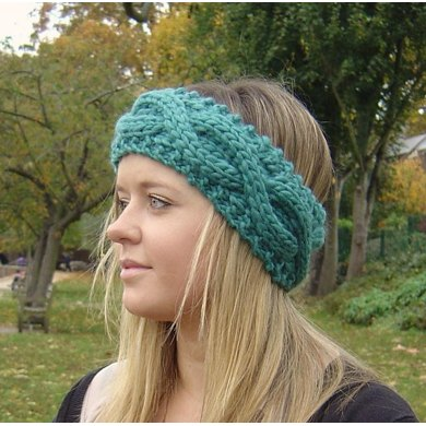 Headband Earwarmer With Chunky Rope Cable Knitting Pattern By