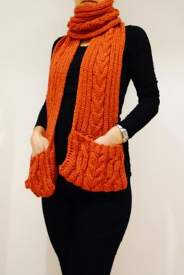 Chili Chilly Winter Pocket Scarf