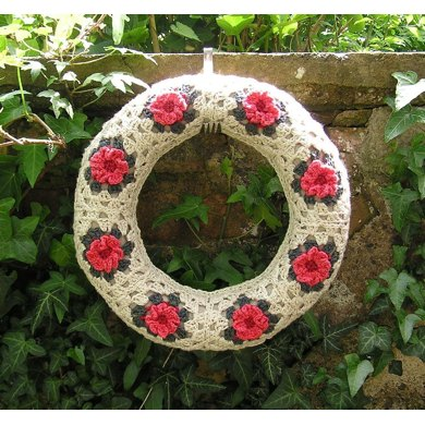 Rose granny square wreath