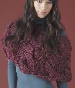Cabled Capelet in Lion Brand Homespun - 60486A