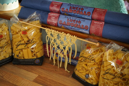 Macrame spaghetti kits with Garofalo