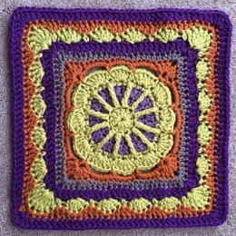 Gretchen Afghan Square
