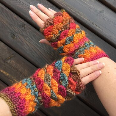 Erebor Dragon Scale Gloves