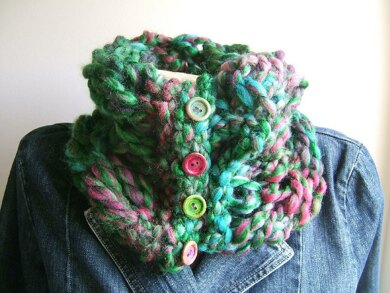 """Waterlily"" Super Quick Troubleshooter Neckwarmer"