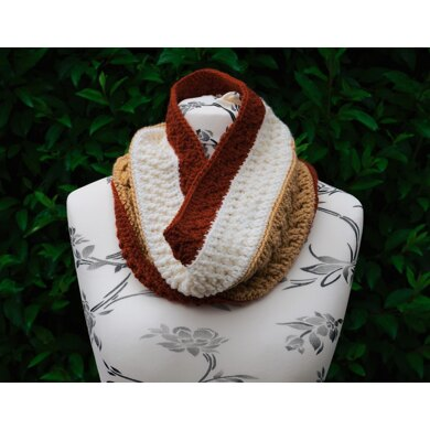 Mixed Toffee Cowl