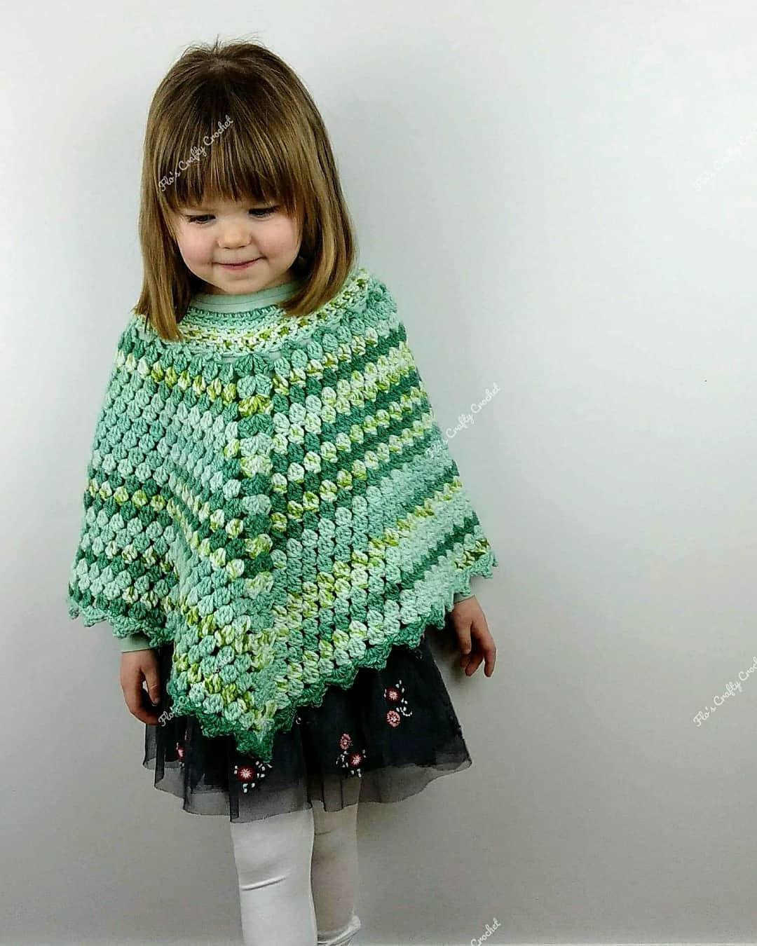 Vintage Style Crochet Baby Poncho Pom Pom Trim 1-2 Years Without Return Other Newborn-5t Girls Clothes