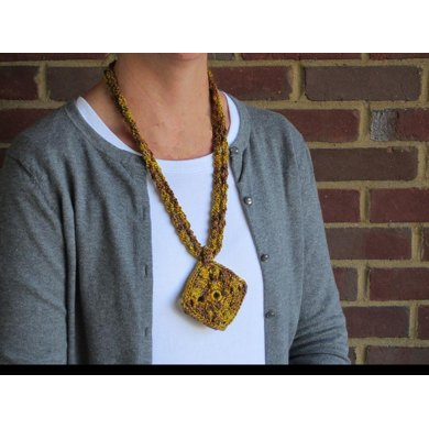 Holiday Gold Necklace