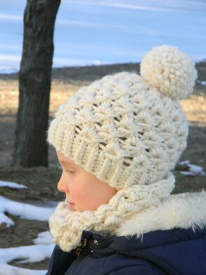 Whiteout Hat and Cowl Set