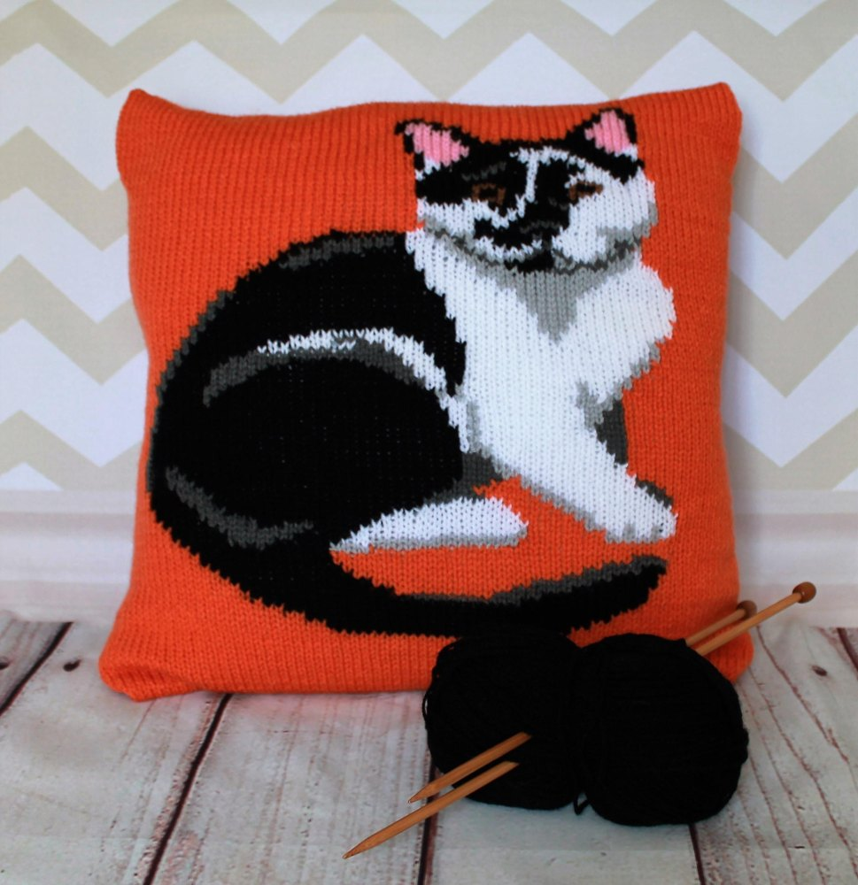Black & White Cat Portrait Cushion Cover Knitting pattern by Ruby and the...