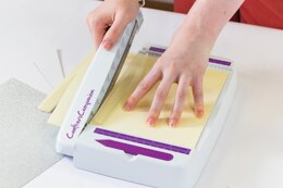 """Crafter's Companion Professional Guillotine 8.5"""" - Small, White With Purple"""