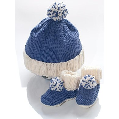 Beginner Bobble Hat Knitting Pattern : Baby bobble hat and booties