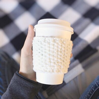 Coffee Cup Cozy in Seed Stitch