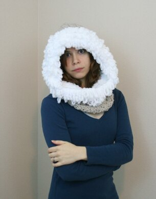 A17 Hooded Cowl