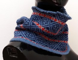 Fair Isle Diamonds Cowl