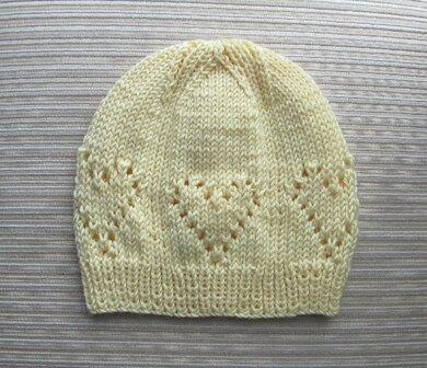 Hearts and Ribbing Hat for a Lady