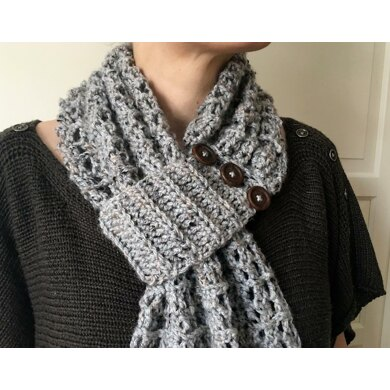 Easy Crochet Scarf Pattern with Buttons: Button-Up-Beauty Scarf