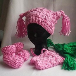 Caoimhe Hat, Mittens and Bootees