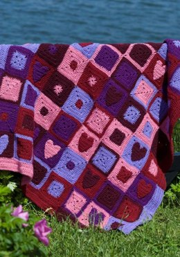 Happy Hearts Afghan in Red Heart Super Saver Economy Solids - WR1659