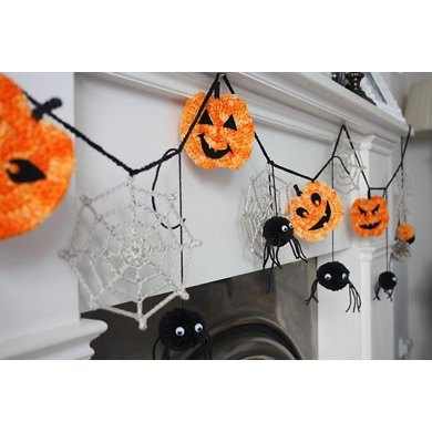 Spooky Bunting