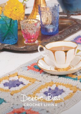 Table Runner in Debbie Bliss Cashmerino Aran - DBS058 - Downloadable PDF