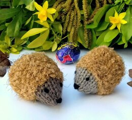 Chocolate Hedgehugs - Easter Creme Egg Cosies