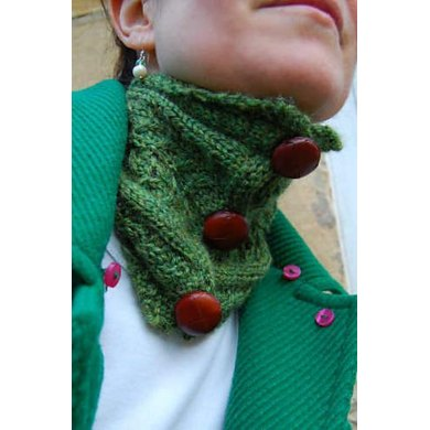 Reminiscence neck warmer