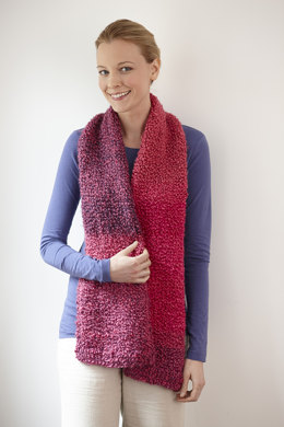 Simple One Ball Scarf in Lion Brand Homespun Thick & Quick - L30125D