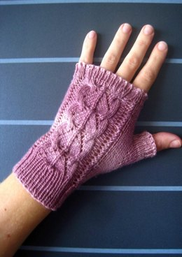 Rosa-Belle Mitts