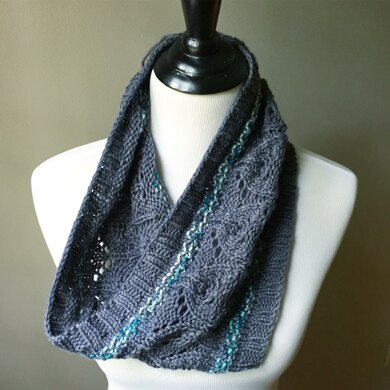 Chagrin Valley Cowl