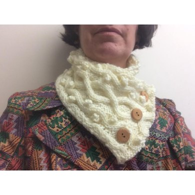 Bobble wave neck warmer