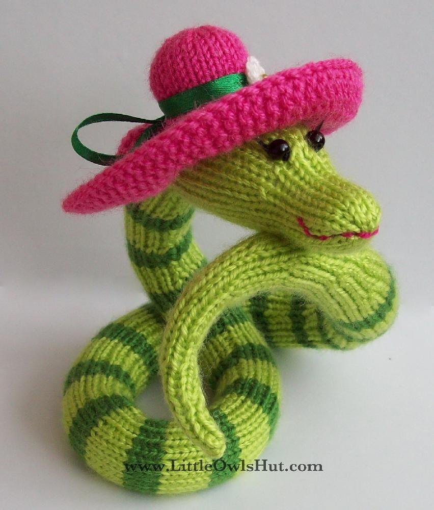 Snake Cushion Knitting Pattern : 008 Snake Beauty Ravelry Knitting pattern by Kate Sharapova Knitting Patter...