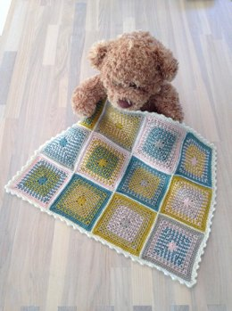 Moss Stitch Crochet Granny Square