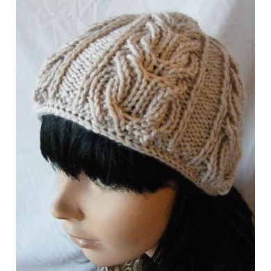 Double lyre hat