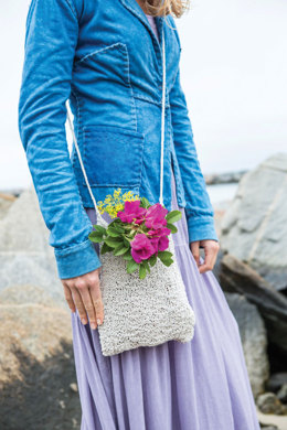 Cliff Rose Bag in Berroco Indigo - PDF353-4