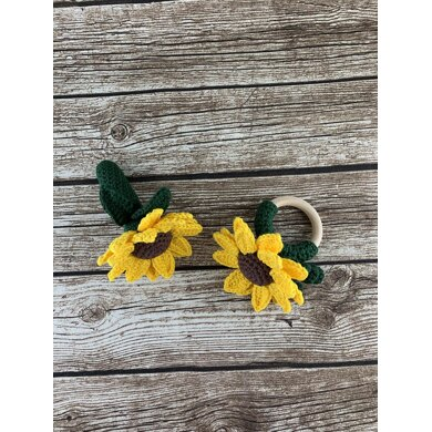 Sunflower Rattle Teething Ring